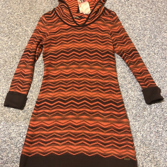 Prana Dresses & Skirts - NWT PraNa hooded sweater dress Large beautiful!